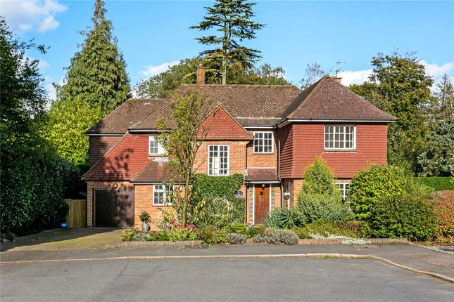 5 bed detached house for sale in The Ridings, Amersham, Buckinghamshire
