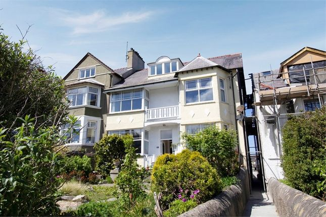 Thumbnail Maisonette for sale in Walthew Avenue, Holyhead, Anglesey
