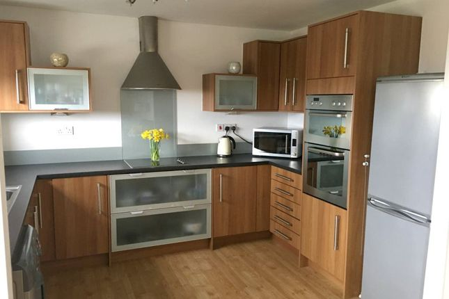 2 bed property to rent in Fishermans Way, Maritime Quarter, Swansea