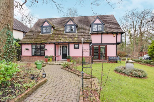 Thumbnail Detached house for sale in Highoaks, Langdon Hills, Basildon