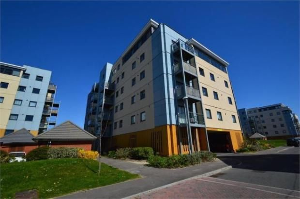 Thumbnail Flat to rent in 6 Groombridge Avenue, Eastbourne