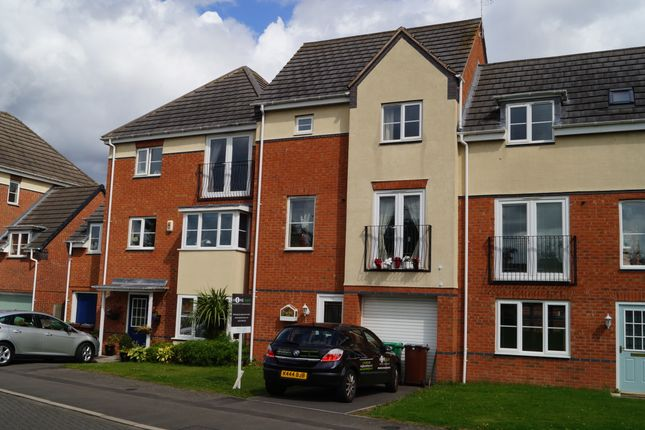 Thumbnail Terraced house for sale in Stanhope Avenue, Nottingham