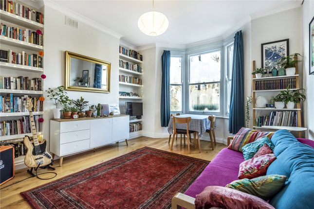 Thumbnail Flat for sale in Dalmeny Road, Tufnell Park, London