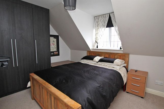 Bedroom 2 of Maple Drive, Gedling, Nottingham NG4