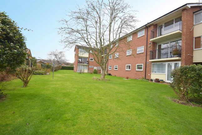 Thumbnail Flat for sale in Sandfield Road, Stratford-Upon-Avon