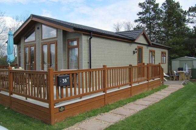 Thumbnail Mobile/park home for sale in Brockenhurst Park, Ranksborough Hall (Ref 5269), Langham, Oakham, Rutland
