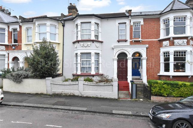 3 bed property for sale in Cavendish Road, Harringay, London