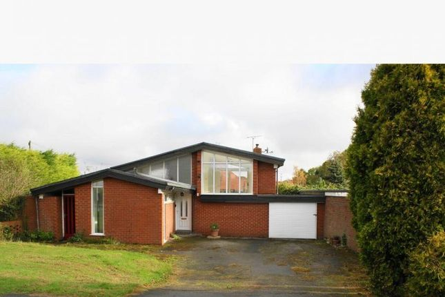 Thumbnail Detached bungalow for sale in Longdales Lane, Coniston, Hull