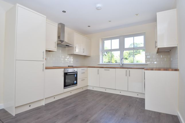 Thumbnail Property to rent in Alder Mews, Batley
