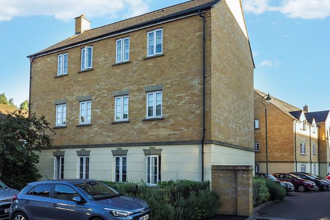 Picture 8 of Harvest Grove, Witney, Oxfordshire OX28