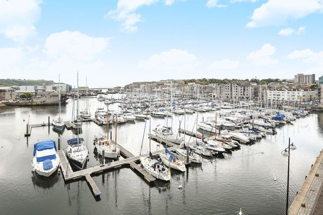 Thumbnail Flat for sale in Harbour Avenue, Plymouth
