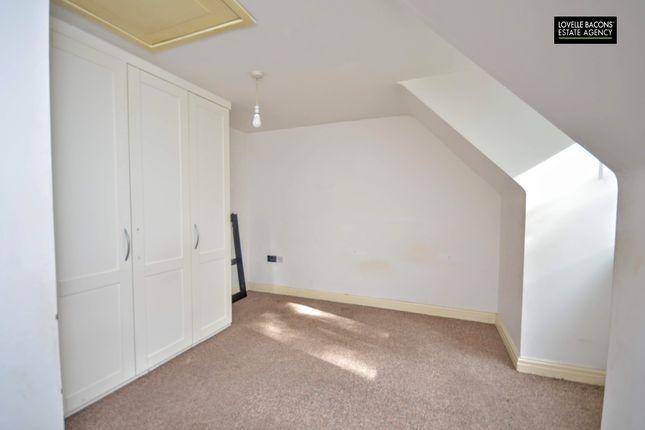 Bedroom of Alexandra Wharf, Grimsby DN31
