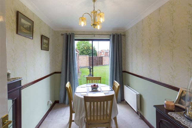 Picture No. 05 of Plumpton Gardens, Bessacarr, Doncaster DN4