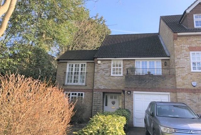 Thumbnail Detached house to rent in Lichfield Close, Cockfosters, Barnet