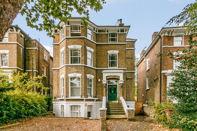 2 bed flat for sale in Manor Park, London