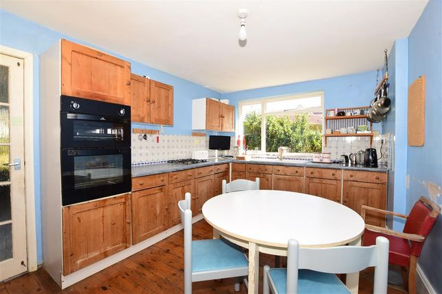 Thumbnail Property for sale in Colwell Road, Freshwater, Isle Of Wight