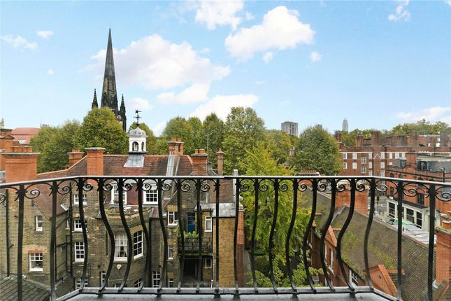 Balcony of Emery Hill Street, London SW1P