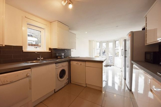 Thumbnail Property to rent in Elcot Avenue, Peckham, London