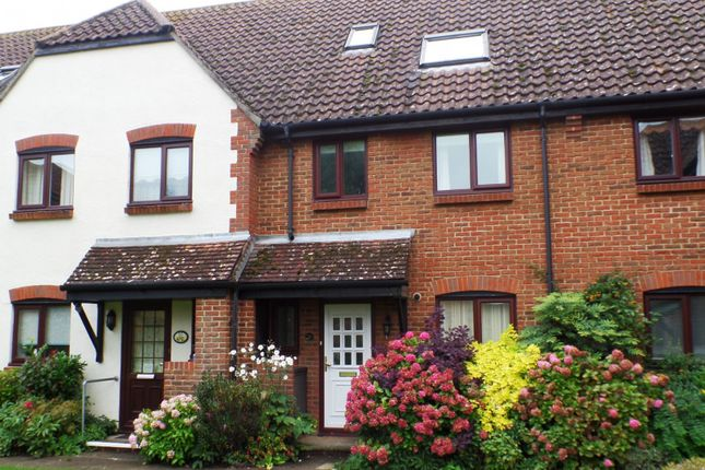 Thumbnail Terraced house to rent in Bishopsgate Walk, Chichester