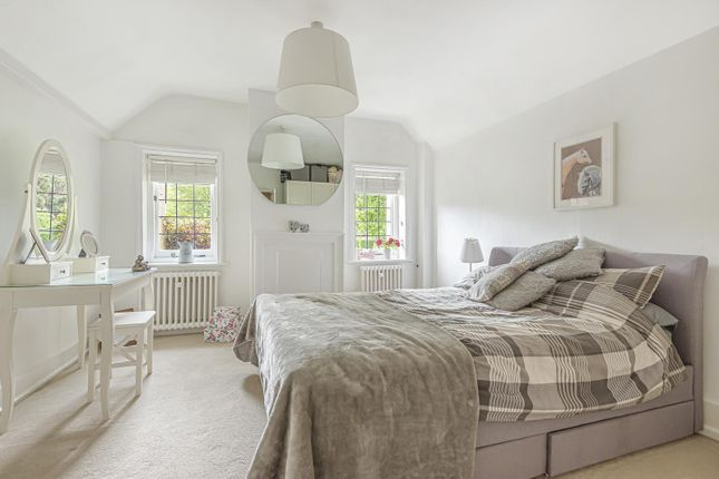 Bedroom of The Hollow, Washington, West Sussex RH20