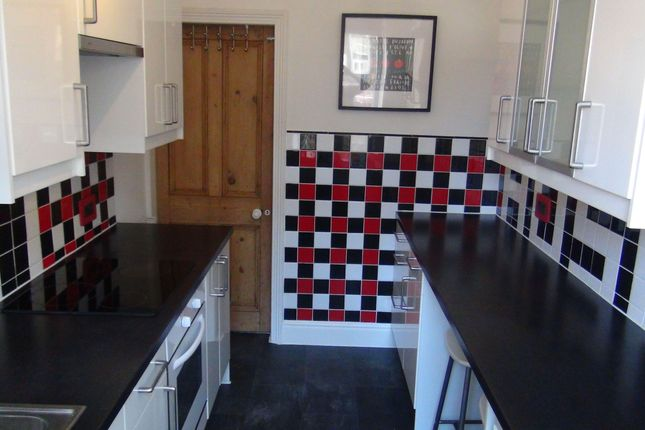 Thumbnail Property to rent in Newton Street, Sowerby Bridge