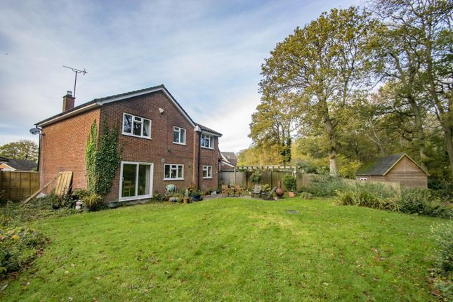 Thumbnail Detached house for sale in Beechwood Close, Crays Pond, Reading