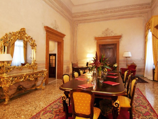 Thumbnail Hotel/guest house for sale in Cannaregio, Venice City, Venice, Veneto, Italy