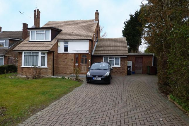 Thumbnail Detached house to rent in Gables Avenue, Borehamwood