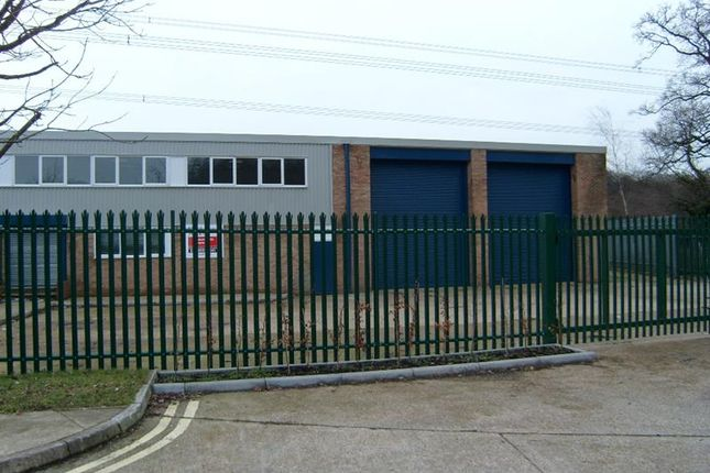 Thumbnail Pub/bar to let in Unit 3 St Georges Industrial Estate, Boyatt Wood Industrial Estate, Eastleigh, Hampshire
