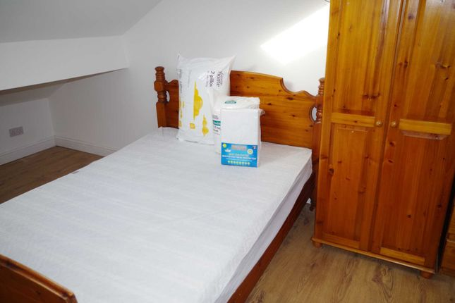 Thumbnail Shared accommodation to rent in Elmwood Grove, Bolton