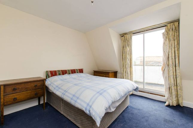 Thumbnail Flat to rent in Knowsley Road, Battersea