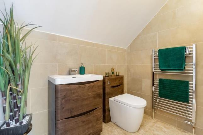 Bathroom of Crow Road, Broomhill, Glasgow G11