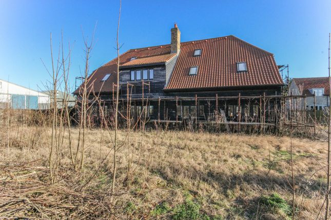 Thumbnail Barn conversion for sale in Snailwell Road, Chippenham, Ely