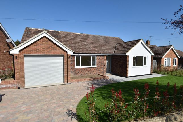 3 bed detached bungalow for sale in Romans Way, Pyrford GU22