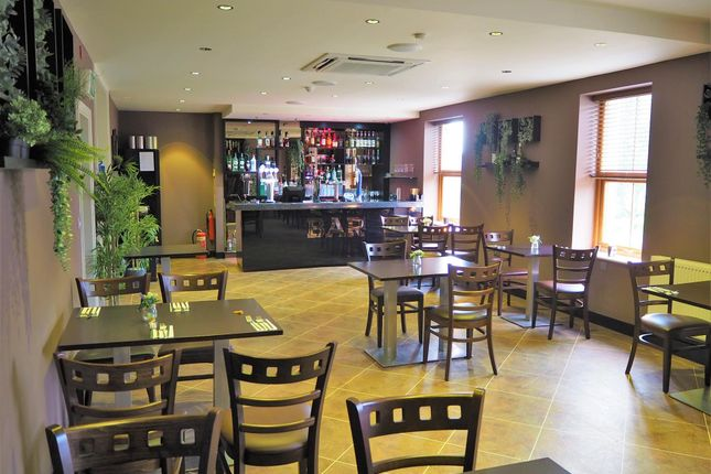 Thumbnail Restaurant/cafe for sale in Restaurants HX3, Northowram, West Yorkshire