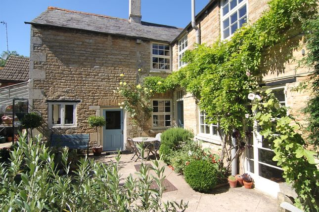 Thumbnail Town house for sale in High Street, Market Deeping, Peterborough