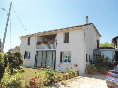 4 bed property for sale in Feugarolles, Lot-Et-Garonne, France