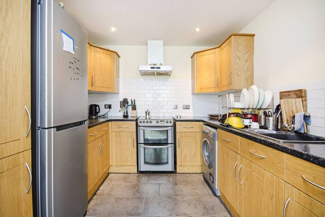 Thumbnail Flat to rent in Kenninghall Road, Lower Clapton, London