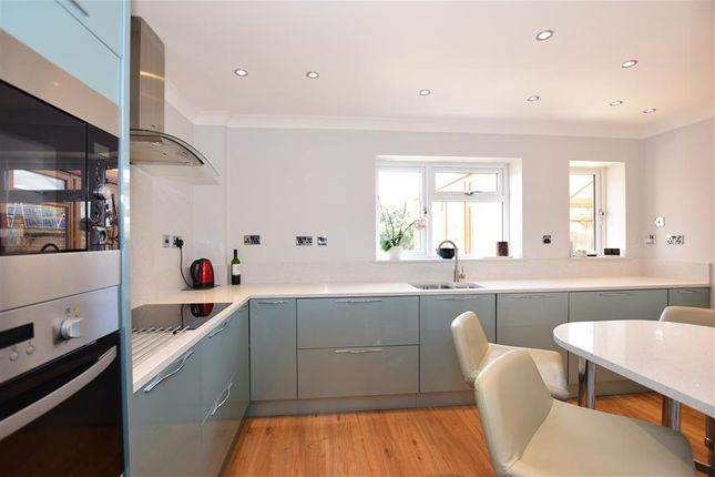 Thumbnail Link-detached house for sale in Peal Close, Hoo, Rochester, Kent