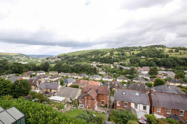 Views of Brimscombe Hill, Brimscombe GL5