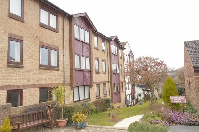 Thumbnail Flat for sale in Champions Court, Dursley