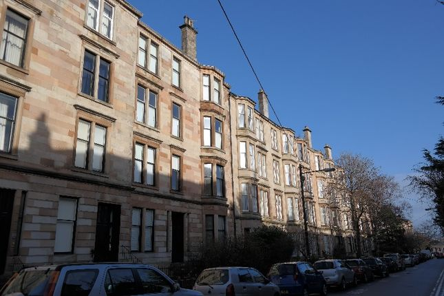 Thumbnail Flat to rent in Hillhead Street, Hillhead, Glasgow