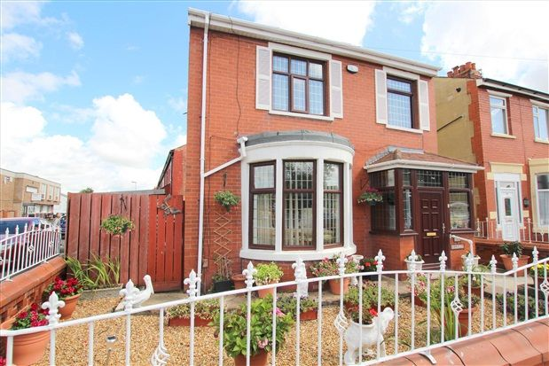 3 bed property for sale in Ansdell Road, Blackpool