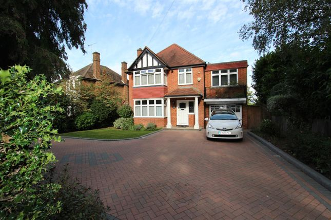Thumbnail Barn conversion to rent in Warren Road, Ickenham, Uxbridge