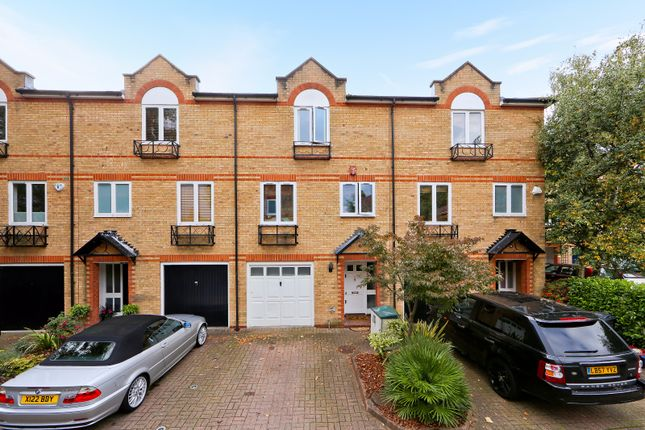 Thumbnail Town house for sale in Meadow Place, London, Greater London