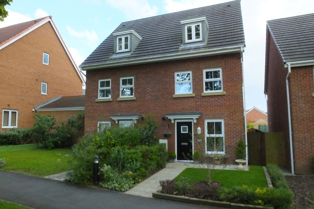 Thumbnail Triplex for sale in Saunton Walk, Buckshaw Village