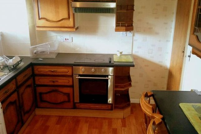 Thumbnail Flat to rent in Great Cambridge Road, Enfield