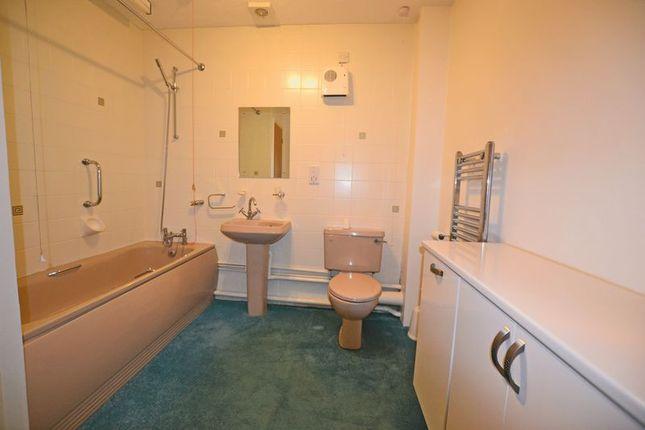 Bathroom of Bramley Court, Tonbridge TN12