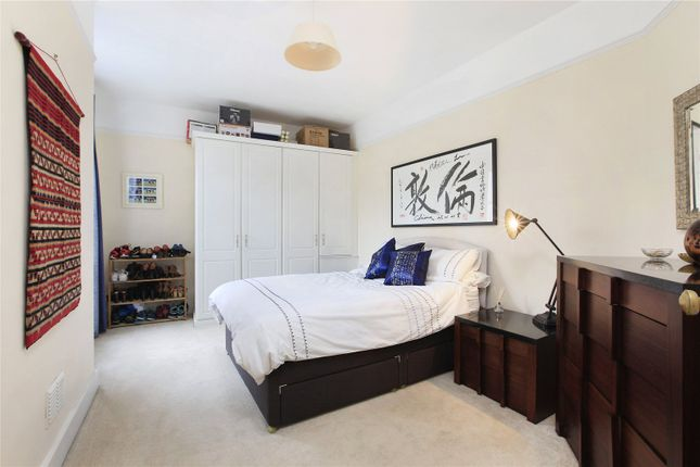 Picture No. 10 of Aristotle Road, London SW4