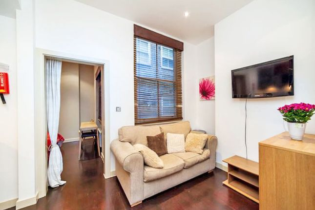 Thumbnail Flat to rent in Drayton Gardens, Chelsea, London